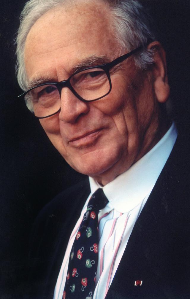 "Pierre Cardin: 1983 - He is made Knight of the Legion of Honour and is decorated as ""Chevalier des Arts et des Lettres""."