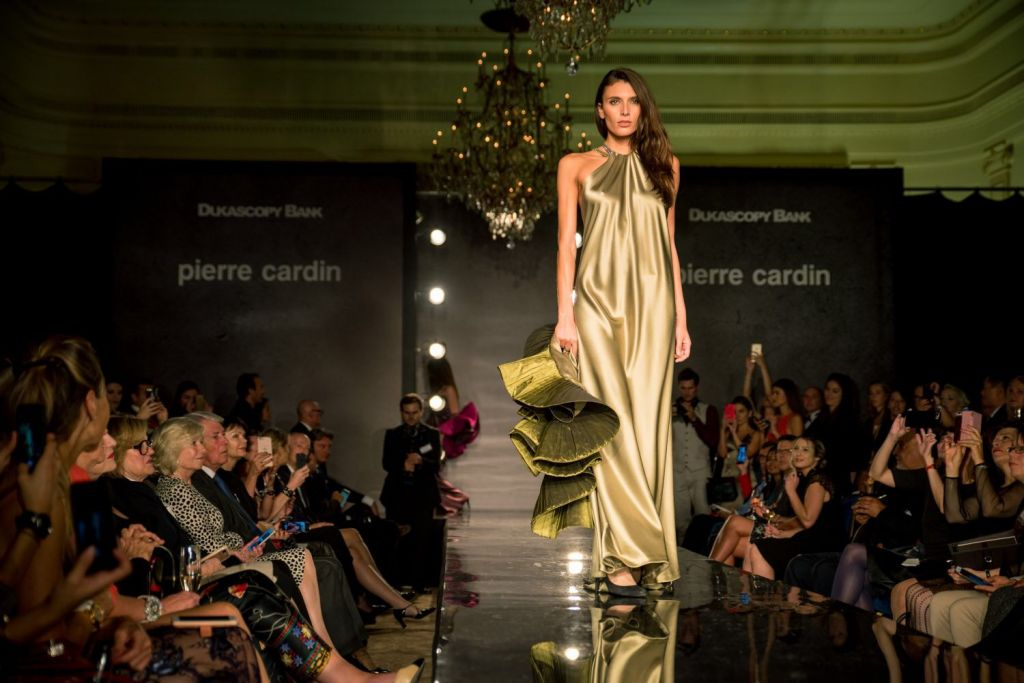 Fashion Show at the Hotel des Bergues - Switzerland. At the invitation of the Swiss bank Dukascopy Bank, Pierre Cardin presented his last collection to...