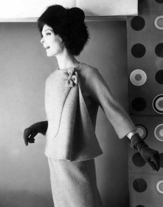 1962. Création Haute Couture Pierre Cardin Tailleur jupe -