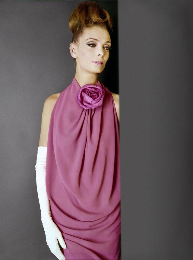 1962. Création Haute Couture Pierre Cardin Robe -