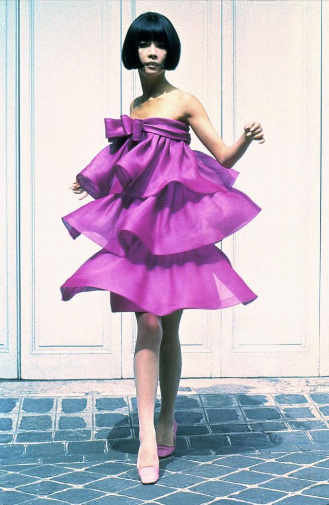 1966. Création Haute Couture Pierre Cardin Robe -