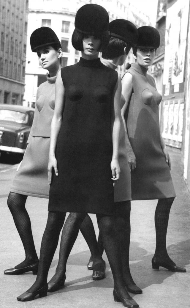 1966. Pierre Cardin Haute Couture Creation Dress -