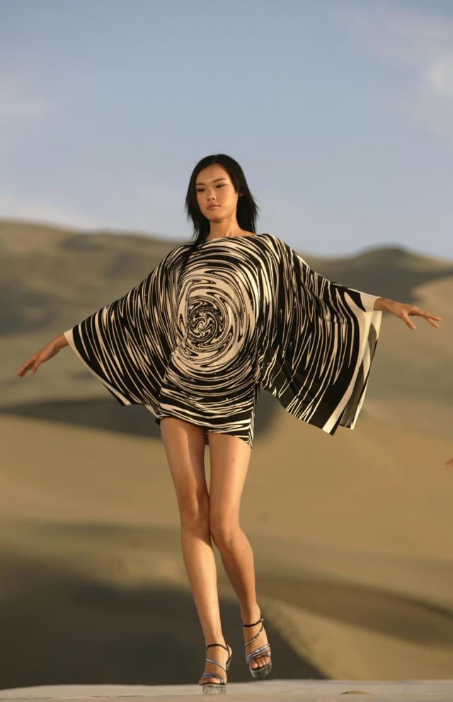 Fashion show Spring/Summer in Desert Gobi. Haute couture Creation - 2007