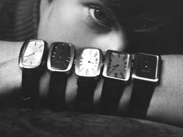 Montres & Bijoux. Bagues, bracelets, colliers, boucles d'oreilles, broches ou encore montres... Le créateur a dessiné toute sorte de bijoux et travaillé...