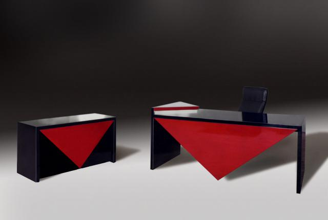 Bureau. Design Pierre Cardin -
