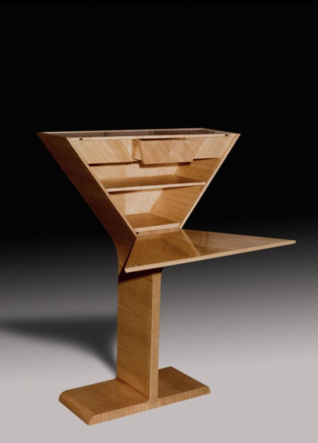 Secrétaire. Design Pierre Cardin -