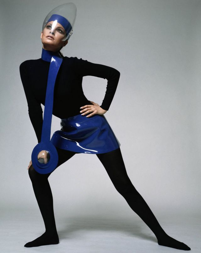 """Pierre Cardin : Future Fashion"" -"